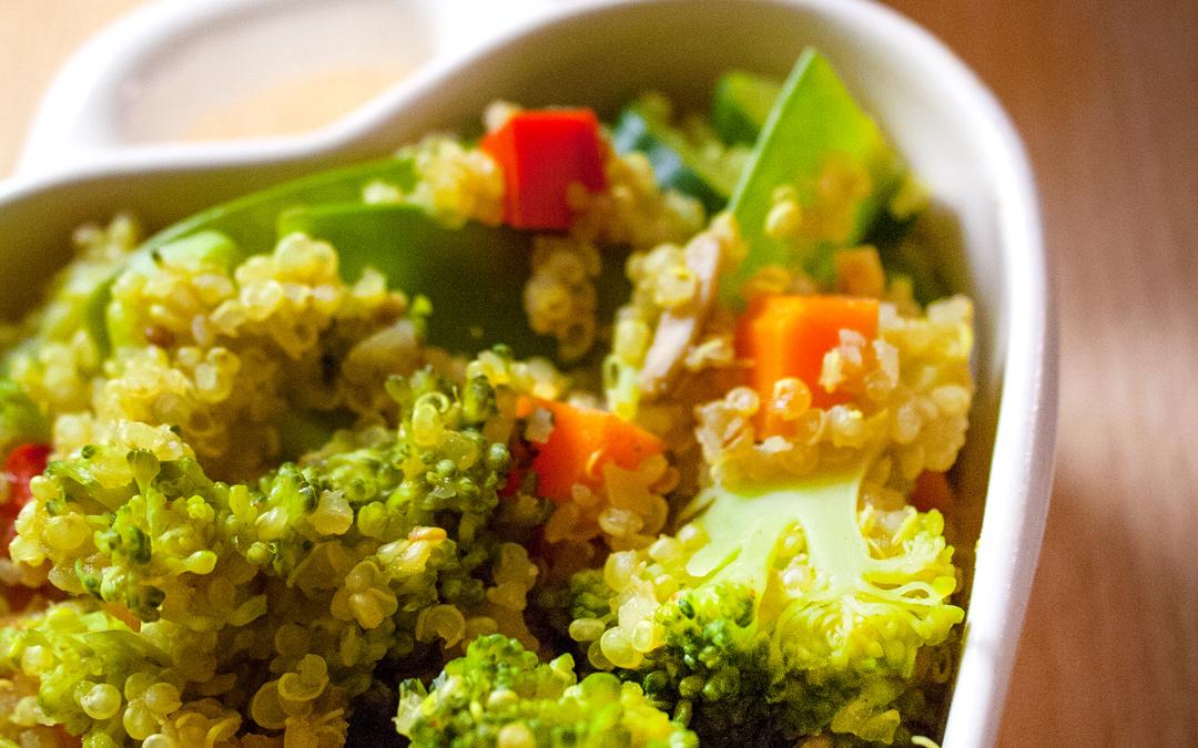 Gemüse Quinoa Schüssel