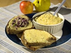 veganer Brotaufstrich süss oder salzig